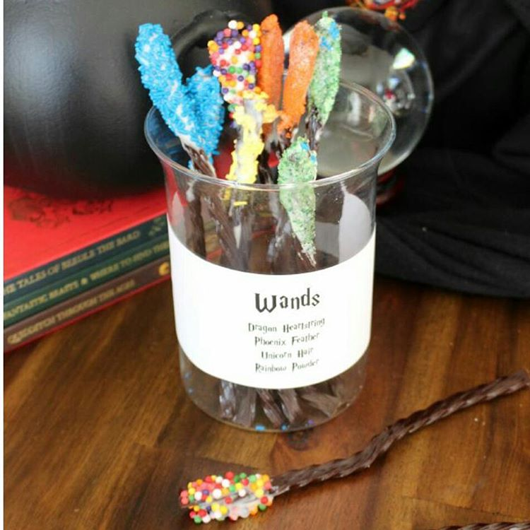 Licorice wands are the perfect harrypotter snack to munch onhellip