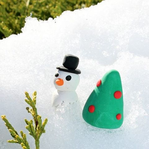 Little clay snowmancoming to the sculpeypolyform blog super soon bakeshophellip