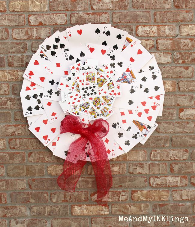 Playing-Card-Wreath