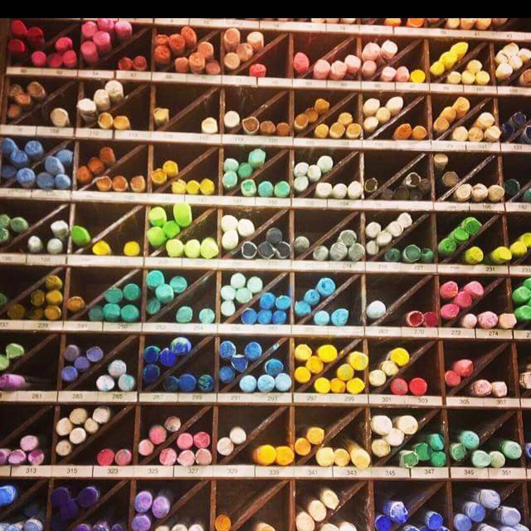 Friday! Yay Make it colorful chalk abmlifeiscolorful
