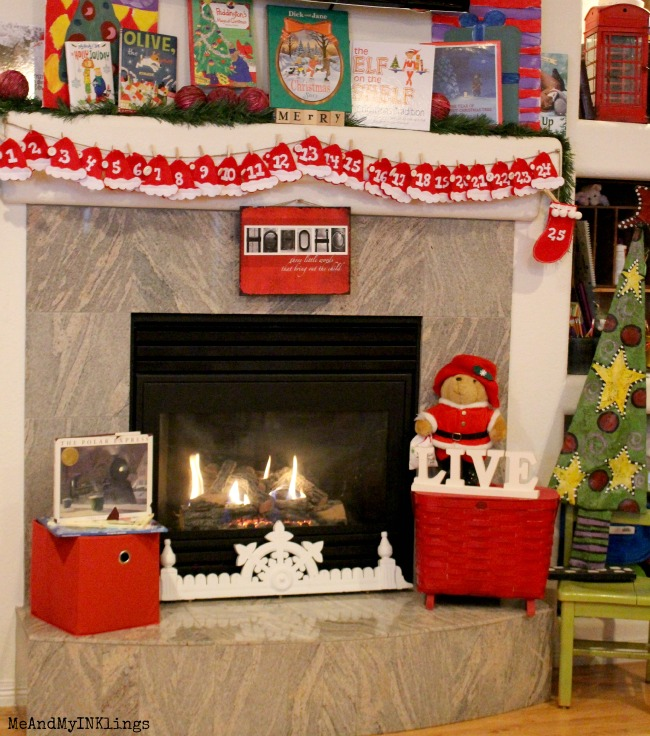 Santa=Hat-Advent-Mantel