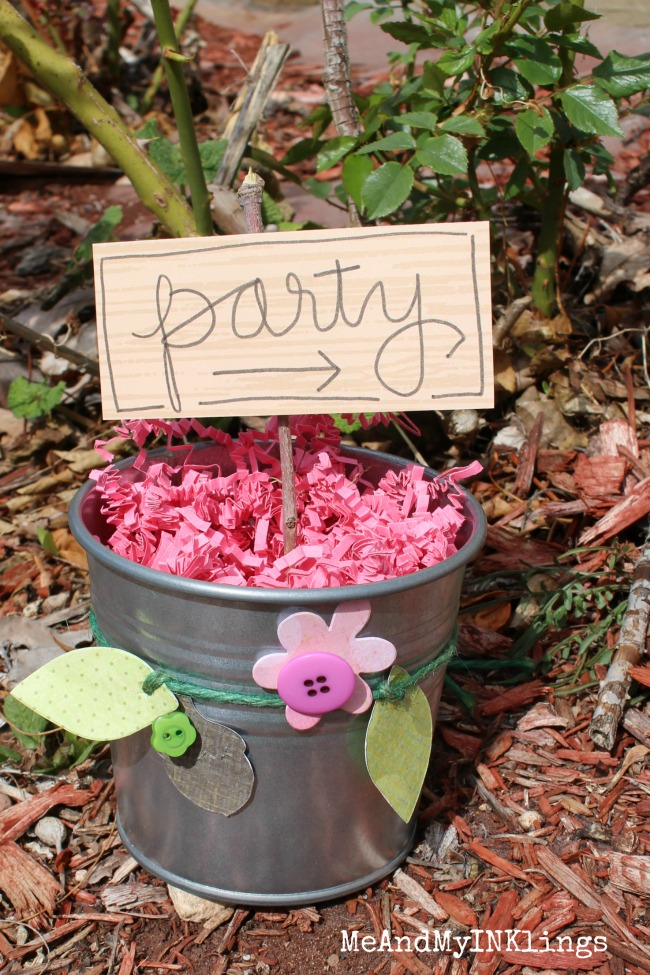 Woodland Party Sign Bucket Sizzix