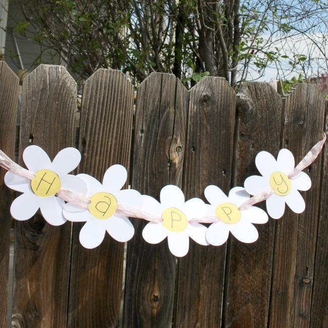 Daisy Garland Sizzix Flower