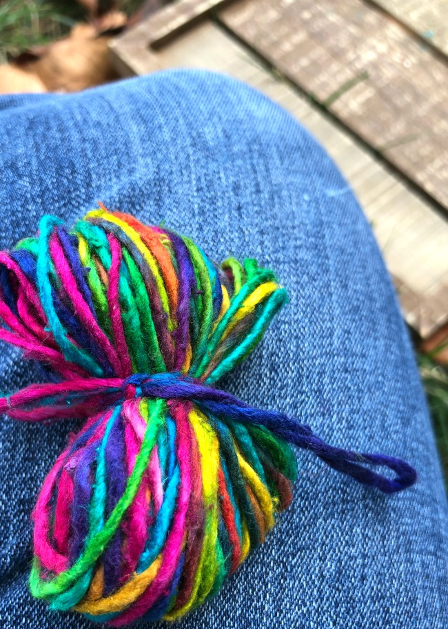 How to Make Pom-Poms Yarn Tied
